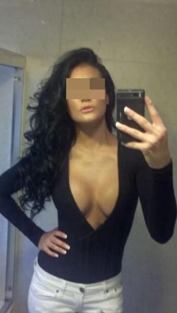 Femme cougar sexy pour un plan cul cette nuit sur Besançon
