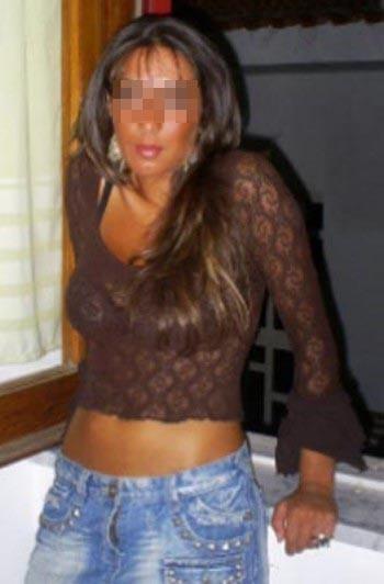 Je cherche un bogoss sur Garges-lès-Gonesse pour du sexe anal